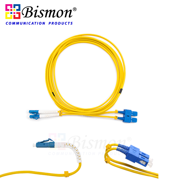 SC-UPC-Mini-boot-to-LC-UPC-Flex-angle-boot-Patch-cord-SM-G-652-D-duplex-LSZH-3M